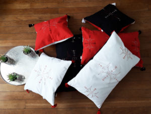 Berbera Design - collection Atlas -coussins avec housses de coussin Berbera posés au sol